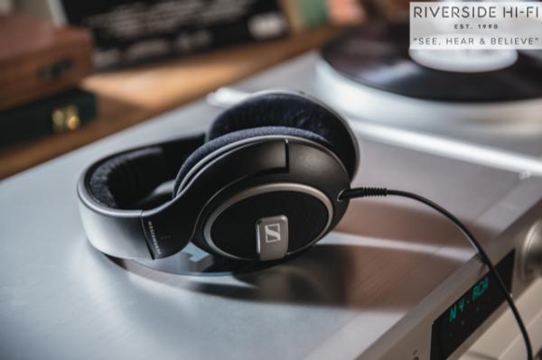 Sennheiser HD559 Headphones 3