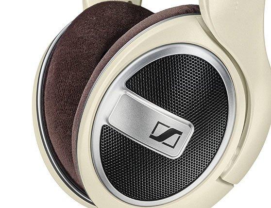 Sennheiser HD599 Headphones 1