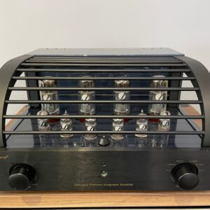 Primaluna Dialogue Premium Integrated Amplifier (Preloved) 1
